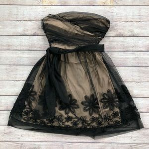 Mystic Black Lace Strapless Dress Belted Pink Cute